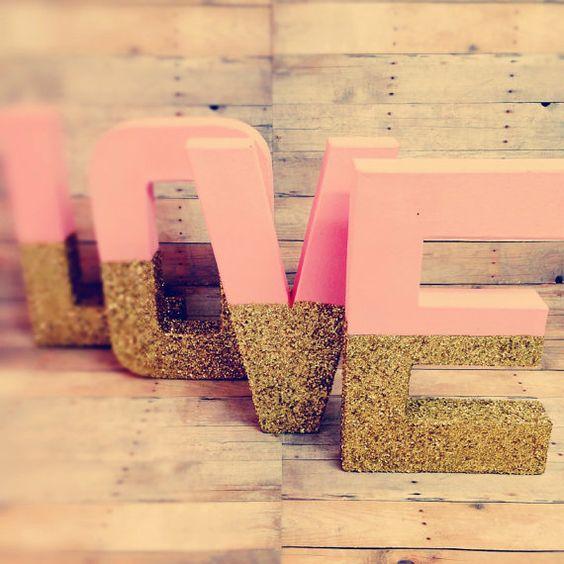 Gold Glitter Buchstaben Stehfuss Rosa und gold Glitter von Ajobebe
