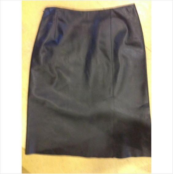 A K R I S black leather pencil skirt with front and back slit 38 French 6