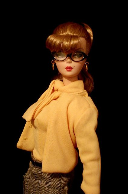 Barbie knows that boys do make passes at girls who wear glasses!