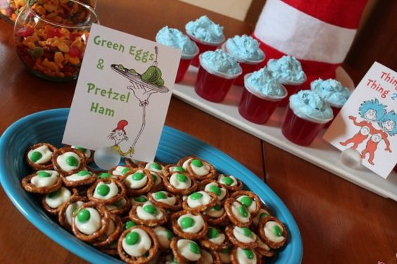Dr. Seuss-Themed Party Food ideas - #drseuss #kidsparty #partyidea #partyfood