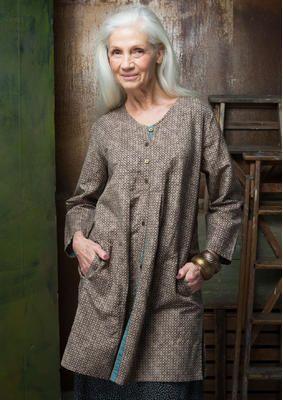 """Gudrun Sjödens Herbstkollektion 2015 - Diese vielseitige Tunika besticht durch unser hübsches rasterartiges Muster """"Sigrid"""". Bestelle die gleichnamige Tunika aus Leinen/Baumwolle: http://www.gudrunsjoeden.de/mode/produkte/blusen-tuniken/tunika-sigrid-aus-leinen/baumwolle"""