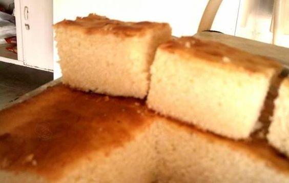 Ingredientes1 xícara de chá de manteiga sem sal2 xícaras de chá de açúcar refinado e peneirado4 ovos1 xícara de chá coco ralado1 xícara de chá de coalhada2 xícaras de farnha de trigo peneirado1 colher de chá de amido de milho peneirado1 colher de sopa de fermento em pó peneirado500 g de creme chantilly250 g de…