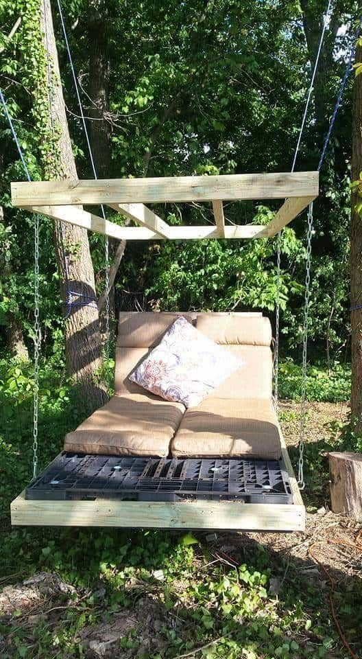 Pallet Swing Bed Diy Easy Video Instructions Lots Of Ideas Pallet Swing Beds Pallet Swing Bed Swing