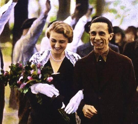 Minister Goebbels und seine Frau Magda am Tag ihrer ...