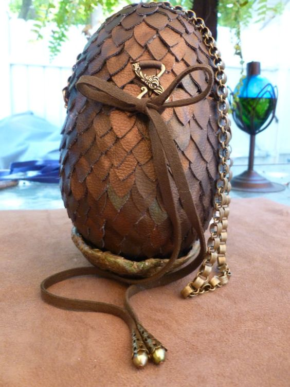 Dragon Egg Purse alsoTaking custom orders by PrissyKittyDesigns, $70.00