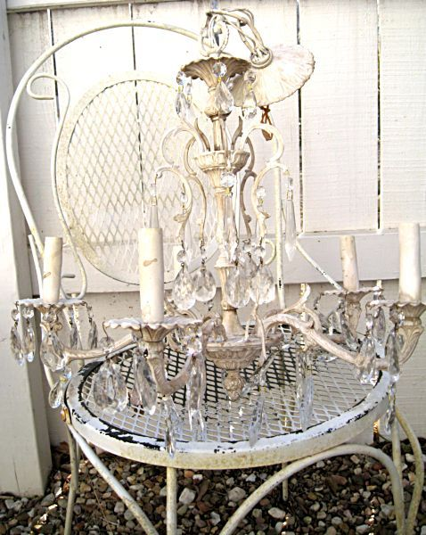 Karla's Cottage: Lighten up! (or how to paint a chandelier)