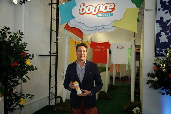 Bounce & Thom Filicia Welcomes Bounce Bursts to the Washing Machine #laundry