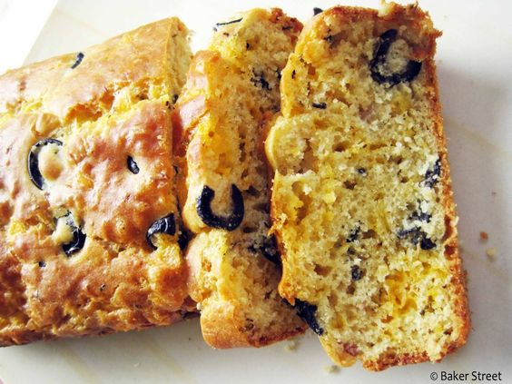 Cheddar-Ham-Bacon and Olive Bread