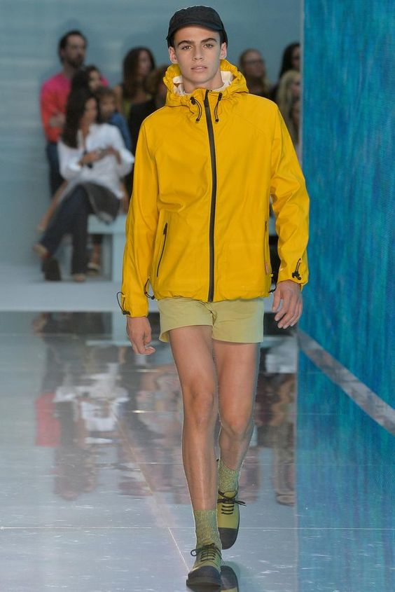 Hunter Original Spring 2015 Ready-to-Wear - Collection - Gallery - Look 3 - Style.com