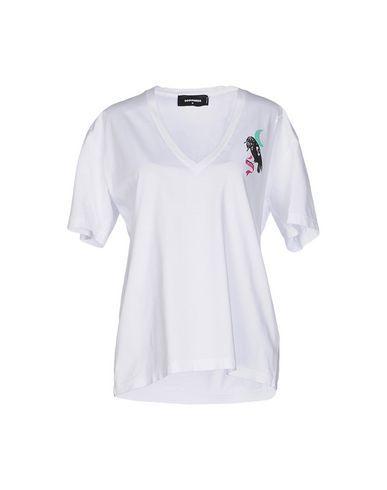 DSQUARED2 T-Shirt. #dsquared2 #cloth #dress #top #skirt #pant #coat #jacket #jecket #beachwear #