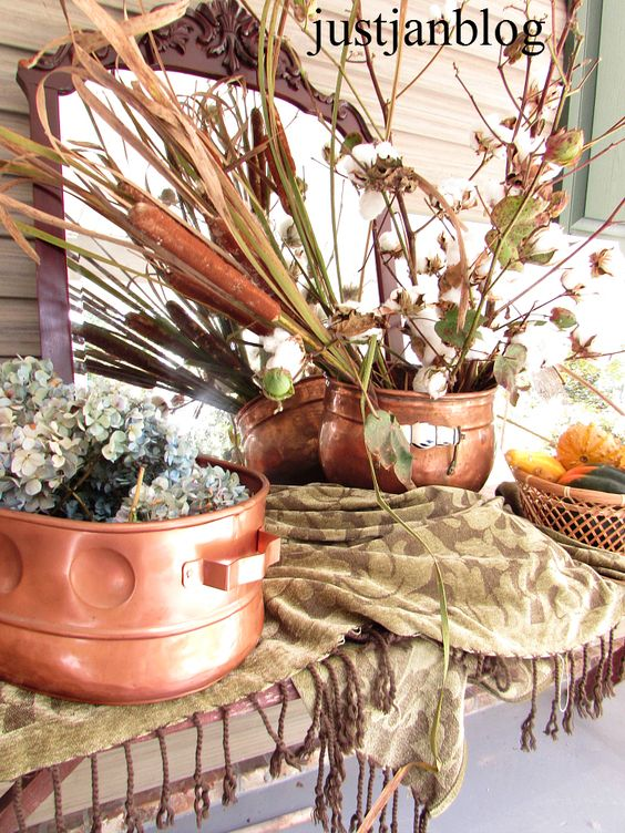 Cotton and Cattails Fall vignette