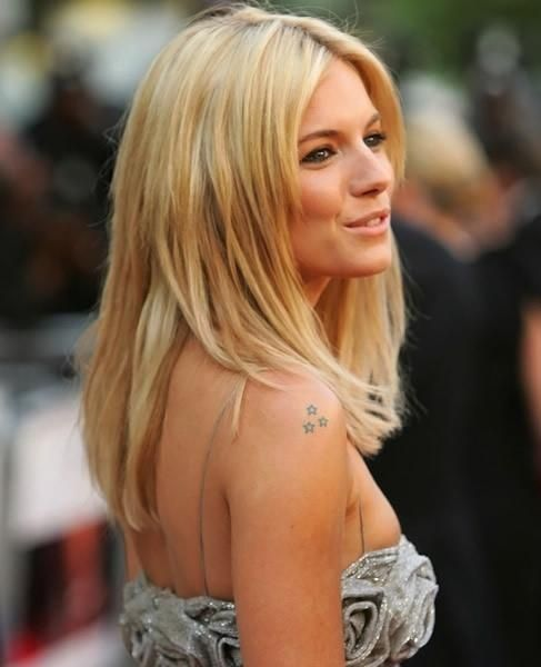 Star tattoo, Sienna Miller