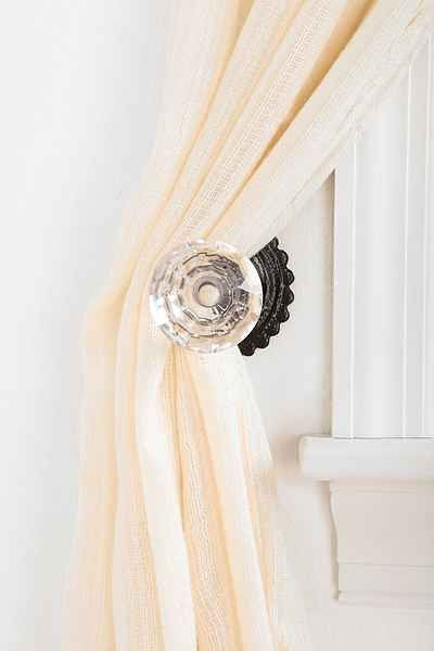 Door Knob Curtain Tie-Back | Awesome stuff, Urban outfitters and ...