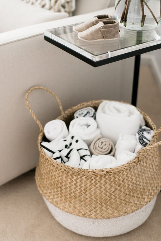 Nursery storage - basket for blankets | @styleminimalism