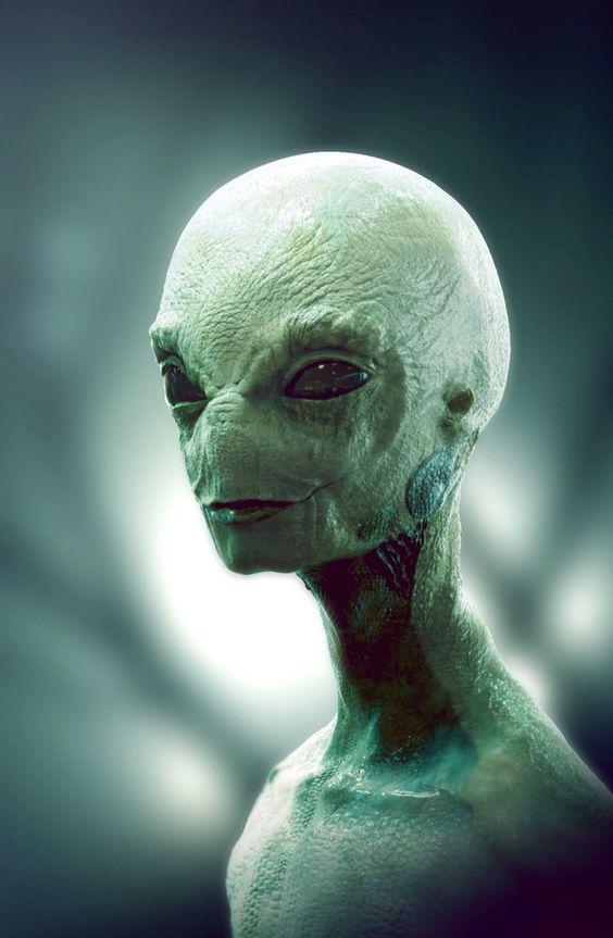 Alienígenas............. C50594a4470efe0fa9e1d8917398f96c