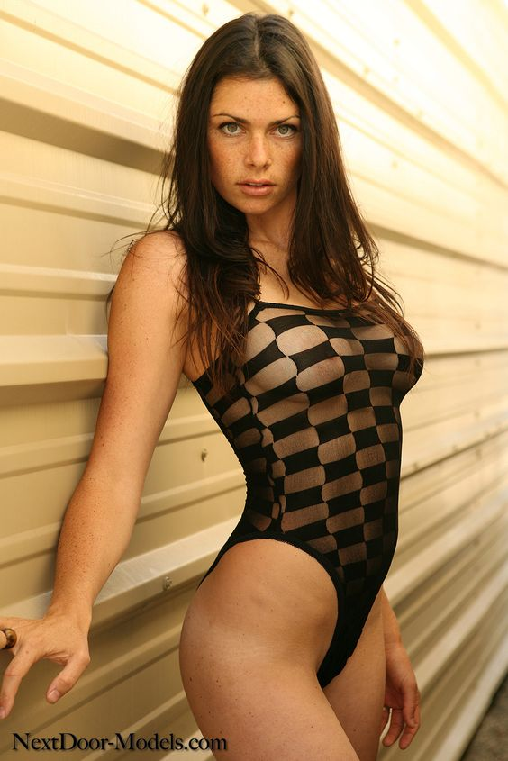 NextDoor-Models - Sabrina.