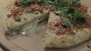 Peynire doymayan yufka http://m.24kitchen.com.tr/programlar/yemek-askina/tarifler/peynire-doymayan-yufka