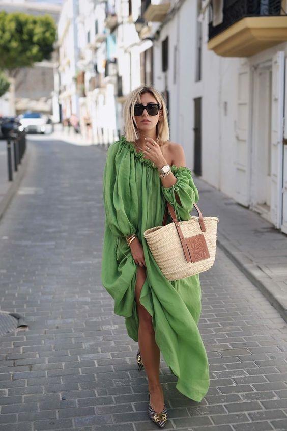 Look de verano de Ibiza con MyTheresa - Aylin König