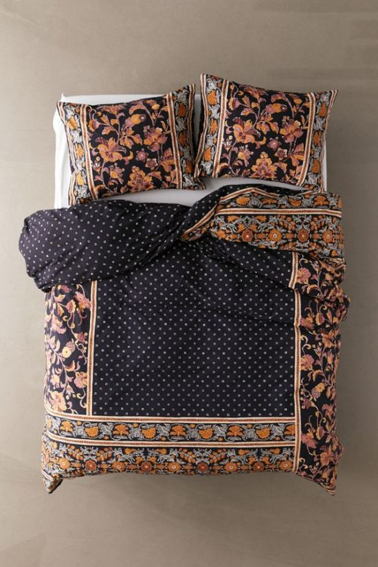 7 Quilt Covers You Have To Have Society19 Uk In 2021 Floral Duvet Duvet Covers Urban Outfitters Floral Duvet Cover