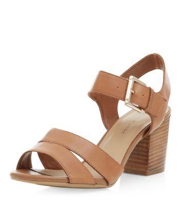 نتيجة بحث الصور عن Wide-heeled sandals
