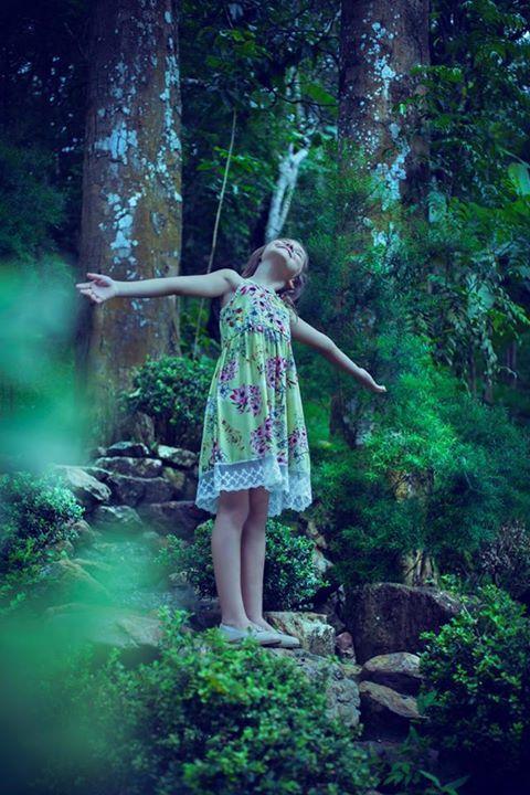 """""""Florir"""", coleção da marca infantil Blupin. (2014)"""