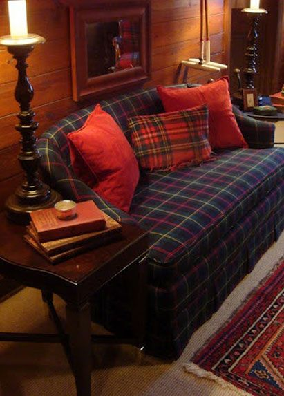 Tartan english country decor and tartan plaid on pinterest for Tartan living room ideas
