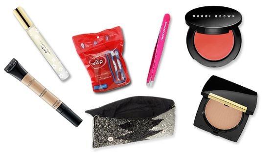 6 Things You Need To Have In Your Purse On New Year's Eve