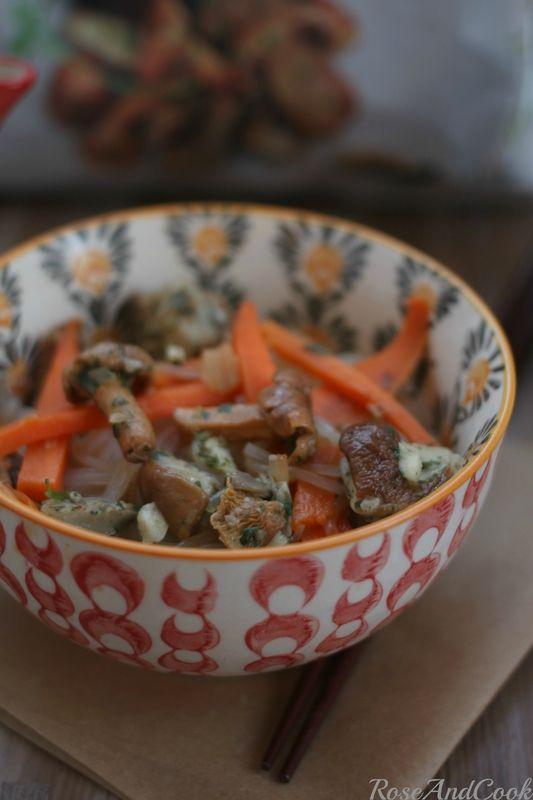Champignons et nouilles de sarrasin