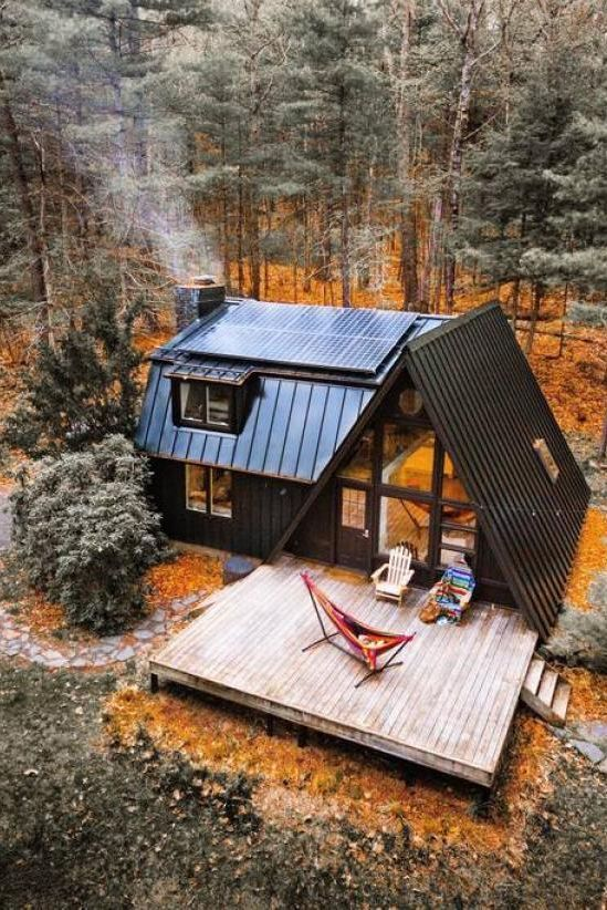 15 Cozy Cabins To Book Now Tiny House Cabin House In The Woods Cabin Design