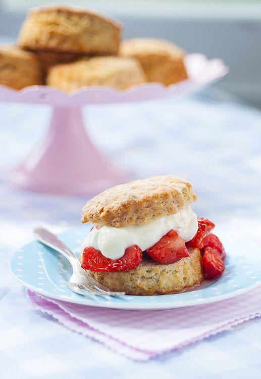 Yoghurt strawberry shortcakes   Supergolden Bakes