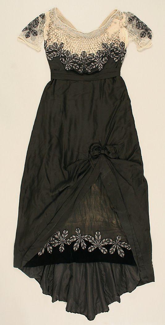 1911 House of Worth evening dress