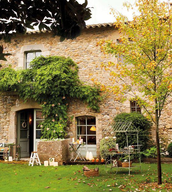 Una casa de campo con espíritu navideño/A house with Christmas spirit. | Bohemian and Chic