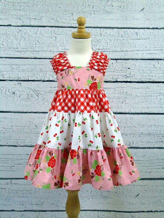 Twirly Dress: There Dresses, Sara S Dresses, Grandgirls Dresses, Sew It Girls, Girl Dresses, It Girls Sewing