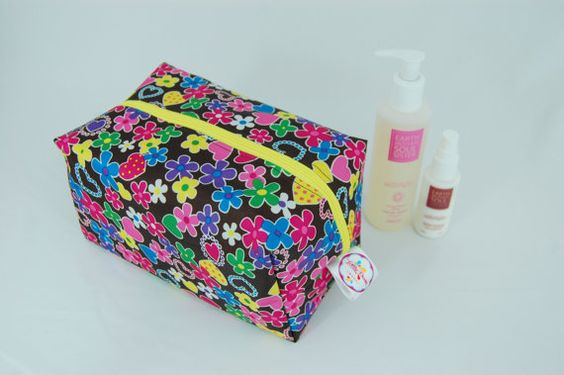 Ditsy Ripstop Large Wash Box Bag  Wipe-able by LottieDeanBags