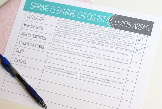Free spring cleaning checklists that would be easy to download and print out. This is a great way to remember basic tasks and see your progress as you check off