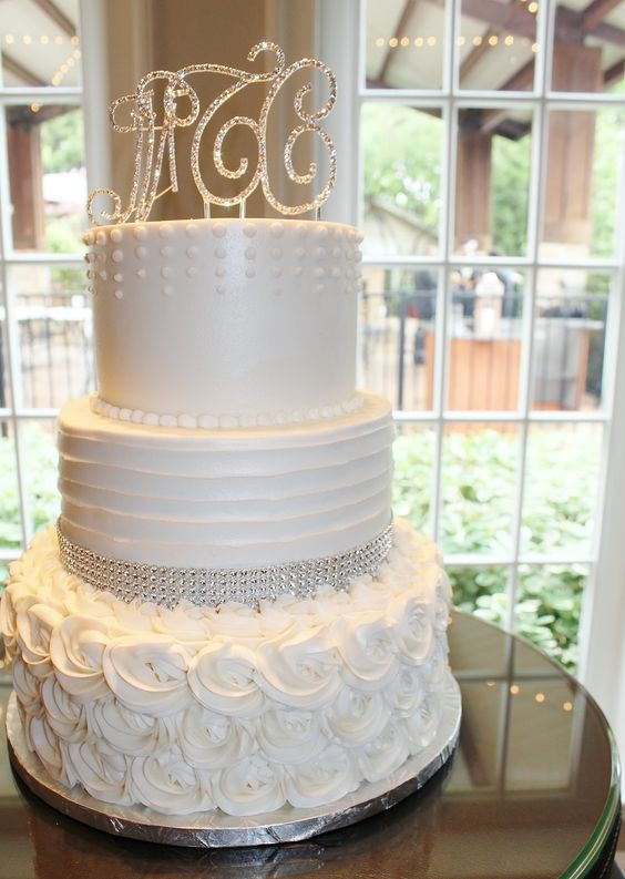 White bride's cake Rockwall Wedding Chapel rockwallchapel.com