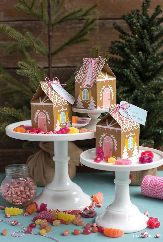 #favorbox #holidayparty # gingerbreadhouse www.LiaGriffith.com: