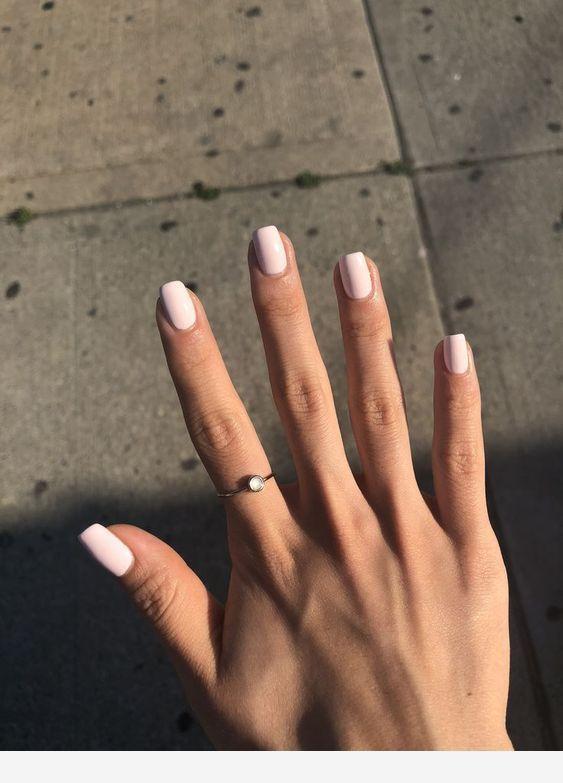 Short Nice Hand And Nails Nails Sencillas Gel Nails Short Acrylic Nails