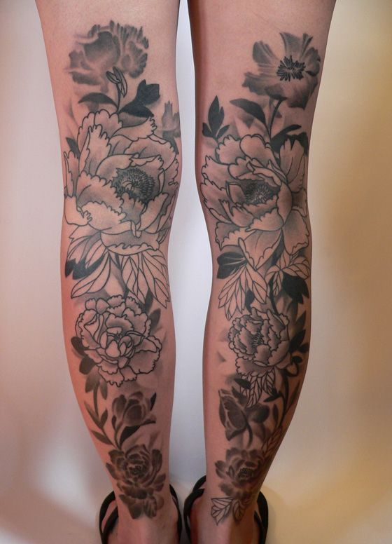 Flower. Gray/White/Black. Tattoo. Love the design. Probably won't have it go up past the back of my knee.