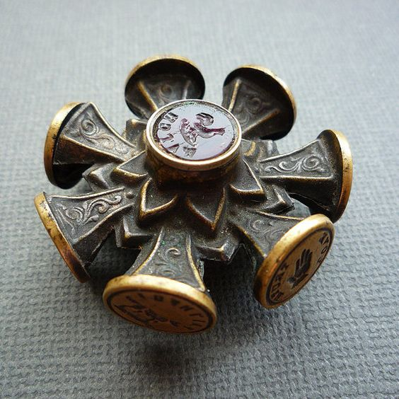 Victorian wheel seal with 9 wax seals: