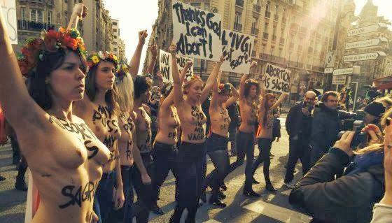el ventano: Miles de personas llenan París contra el aborto de Gallardón