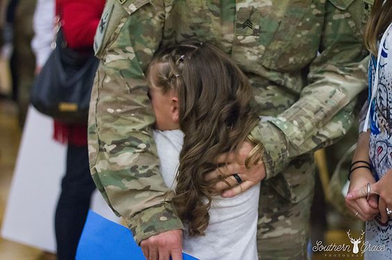 Military | Homecoming | Welcome Home Ceremony | Fort Carson, CO