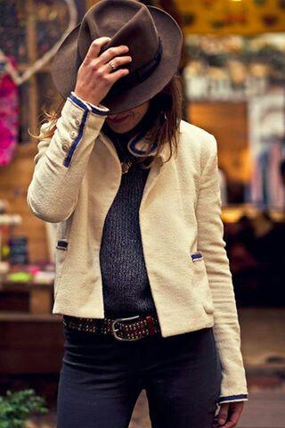 tweed de Chanel.