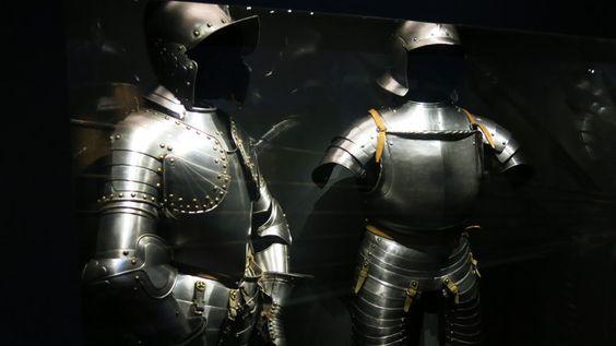 Das #HMB - Museum für #Geschichte zeigt echte Burgen und falsche Ritter. Eine neue Ausstellung in der Basler Barfüsserkirche geht der Faszination von Burgen und Rittern nach. Sie will aufzeigen, woher zahlreiche Ritter- und Burgenklischees stammen #hmb #basel #schweiz #switzerland #museum #ritter #ausstellung #burgen #sonderausstellung
