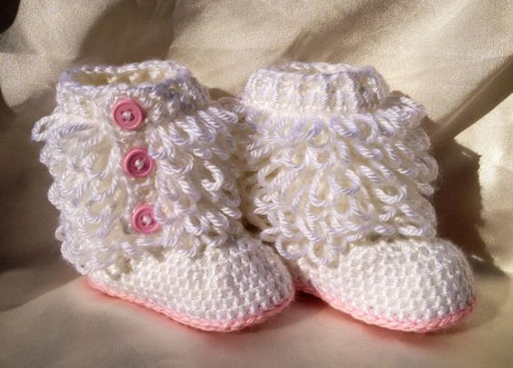 """Ugg Baby Boots Inspired - Ugg Style Booties for Baby Girl - Stylish Pink and White """"Furry"""" Crocheted Booties. $20.00 USD, via Etsy. To stinking cute"""