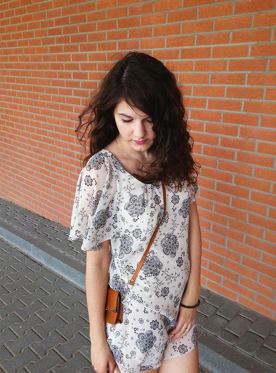 Sukienka hiszpanka | flounce off the shoulders dress