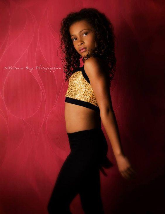 JANAE, dancer | UNDERGROUND DANCE FACTORY