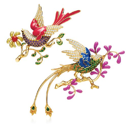 Tiffany  Co. – Audubon Brooch – 18cts. Gold, Pavé set Diamonds, Emeralds, Sapphires, Purple, Blue and Red Enamel.