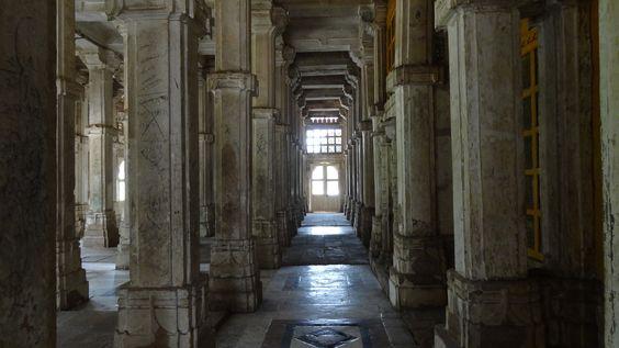 Ahmedabad Mosque, 1423, India.