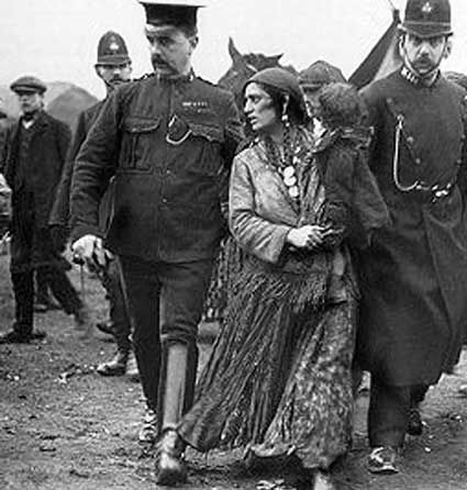 * Gypsy arrested - 1928 *                                                                                                                                                                                 More